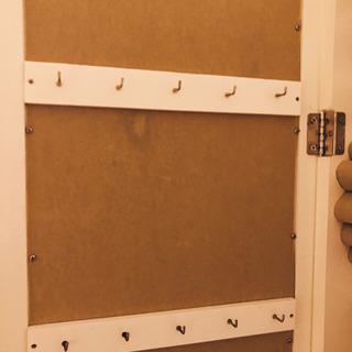【取引相手決定済み】アクセサリー収納付き全身鏡 - 家具