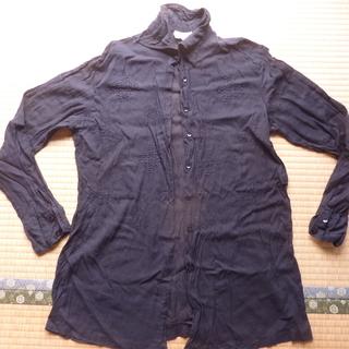黒 カーゼ素材 襟付きボタンシャツ