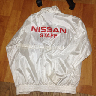 NISSAN ウインドブレーカー色違い2種