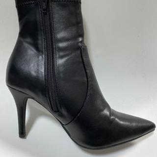 黒いブーツLサイズ