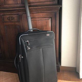 Victorinox スーツケース