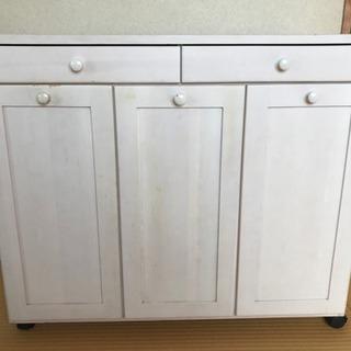 キッチン カップボード・ゴミ収納