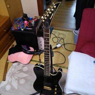 フェルナンデスギター  ギタースタンド付 引き取り限定