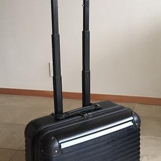 TSAロック搭載 機内持込サイズのキャリーケース