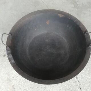 鋳鉄製の大鍋中古品