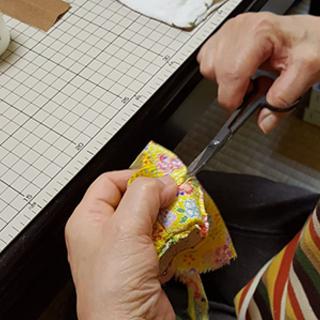 干支のグッズを手作りして新年のエネルギーを高める 木目込人形制作...