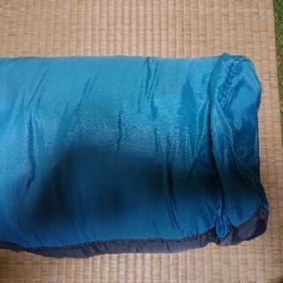 シュラフ 寝袋1