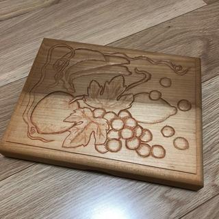 値下げ!木製文箱レターケース☆学生作品果物彫刻