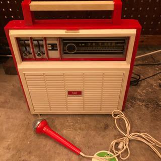 未使用レトロなAMラジオ