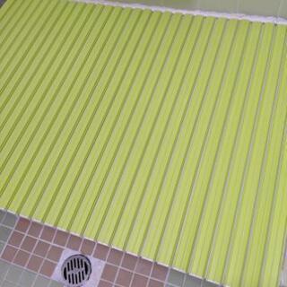 緑色風呂ふた(美品)風呂イス&湯桶