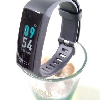 多機能スマートウォッチ 《歩数、血圧、心拍、睡眠測定ほか》