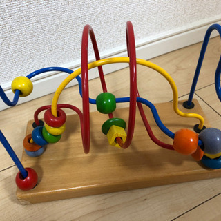 木の知育玩具