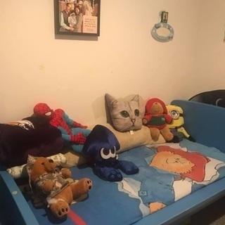 IKEA kids bedroom set (7 pieces)