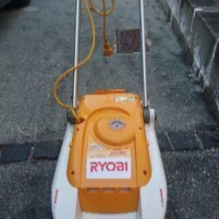 電動芝刈機