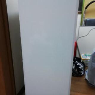 冷凍庫三菱121l