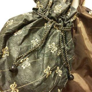 未使用二個セット 軽量 黒のリボン柄巾着 & 茶色のbag