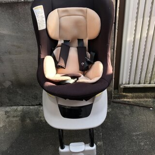 チャイルドシート A Child Seat