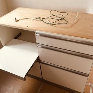 中古台所食器棚(古賀家具工業)おゆずりします。