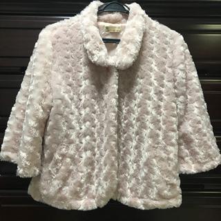 ピンクのかわいい羽織物