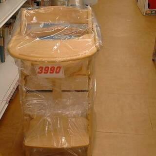 10/28 木製ハイチェア3990円 乗用電動車2990円 バボ...
