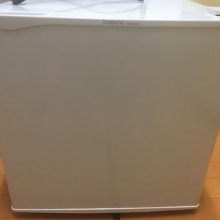 ノンフロン電気冷蔵庫 MORITA MR-D05BC