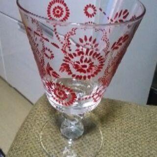 アフタヌーンティーのグラスです