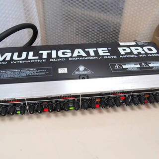 ベリンガー XR4400 MULTIGATE PRO TS-TR...