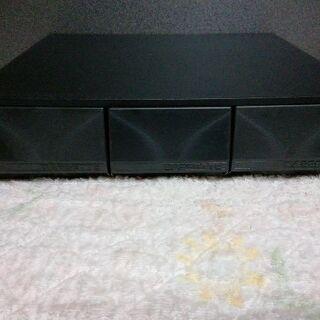 ファミコンカセット カセットテープ ケース 45本入れれます。中古