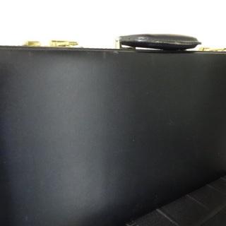 包丁アタッシュケース 黒色レザー(合皮)留め金ゴールド