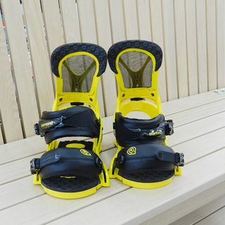BURTON/バートン スノーボード バインディングのみ 黄/黒...