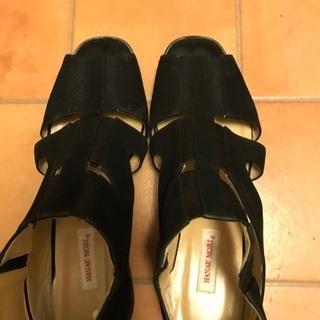 夏の MORI HANAEの靴