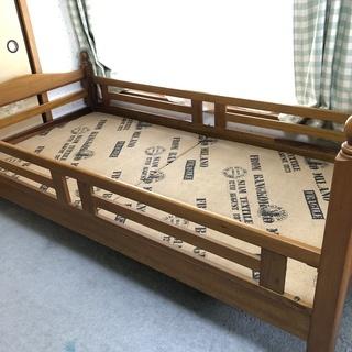 シングルベッド♪ マット付き