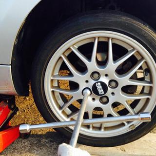 出張タイヤ交換承ります!タイヤの点検・相談無料。