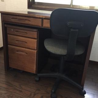 さしあげます!机(パソコン・学習)椅子も!