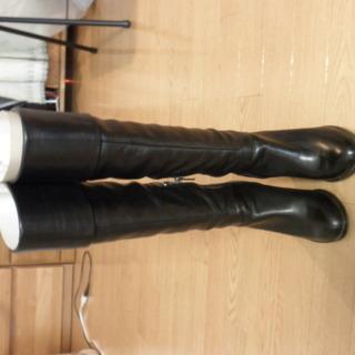 本革   ブーツ22.5 黒 美品