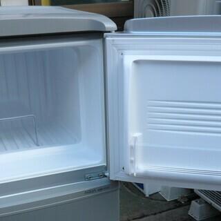 ☆ハイアール Haier AQUA AQR-111A 109L 2ドアノンフロン冷凍冷蔵庫◆省エネ・静音化設計 - 家電