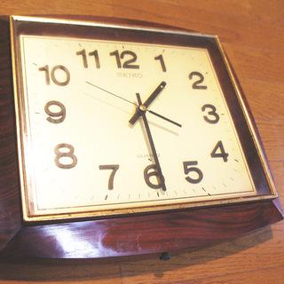 SEIKO掛け時計 昭和51年ごろの品物