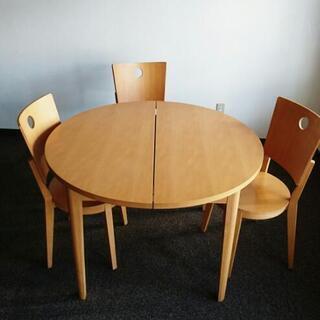 木製 丸テーブル & 椅子3脚セット