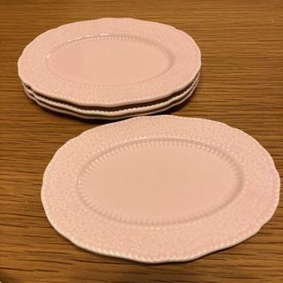 ピンクのお皿 セリア