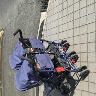 双子ちゃん用のベビーカーお譲りします! マクラーレン ベビーカー 双子 - 奈良市