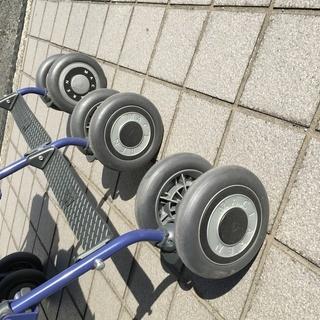 双子ちゃん用のベビーカーお譲りします! マクラーレン ベビーカー 双子 − 奈良県