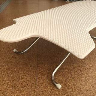 斎藤アイロン台工業の座卓アイロン台あげます。