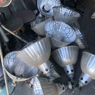 水銀燈! 倉庫整理 お得だよ!😄