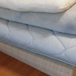 マットレス・敷きマット・毛布・枕