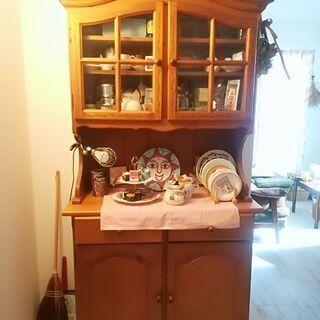 【11月中旬まで】アンティーク輸入家具・食器棚