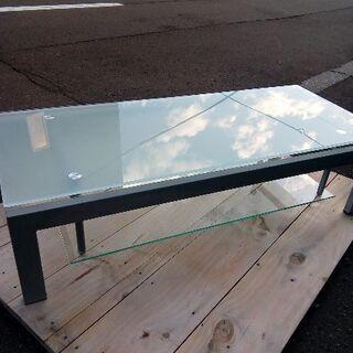 御洒落なガラステーブル