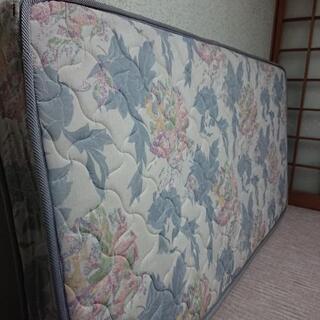 シングルベッド用マットです
