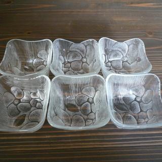 ガラス食器シリーズ6(四角鉢小)