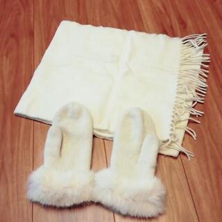 白マフラー手袋セット
