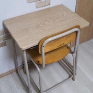 学校 机 椅子 いちむら